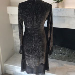Elie Tahari Dresses - Elie Tahari Brown Velvet Dress Preloved!